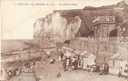 Veules-les-Roses (Seine-Inférieure) Le Petit Bain Sous Les Falaises - Edition Bondel - Carte N° 1 Non Circulée - Veules Les Roses