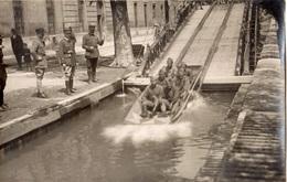 """AVIGNON 7 EME REGIMENT DU GENIE PENDANT LES FETES 1934 1935 """"SOLDATS QUI FONT DU TOBOGGAN"""" - Avignon"""