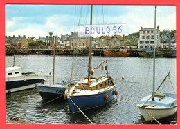 CPM(14.Calvados)Grandcamp- -n°26. Les Bains Et Le Port . - France