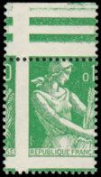 FRANCE Poste ** - 1231, Bdf, Piquage à Cheval: 0.10 Moissonneuse (Spink) - Cote: 40 - Unused Stamps