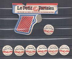 L ARME DE POING Du 3 ème Millénaire ......   Le PETIT PARISIEN , Le Plus Fort Tirage Des Journeaux Du Monde Entier - Publicités