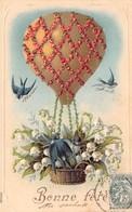 CPA Fantaisie Gaufrée - Bonne Fête - Muguet - Hirondelles - Ballon Dirigeable - Fêtes - Voeux