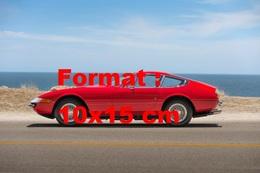 Reproduction D'une Photographie Ancienne D'une Ferrari 365 GTB.4 Daytona De 1970 - Reproducciones