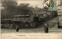 CPA PARIS 18e Montmartre. Au Coin Des Rues Des Saules Et Lamarck (575800) - Arrondissement: 18