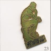 """Pin's Art - Sculpture / Le """"Penseur"""" De Rodin Au Musée Rodin De Paris - Version Verte. Est. D&M. EGF. T702-23 - Non Classificati"""
