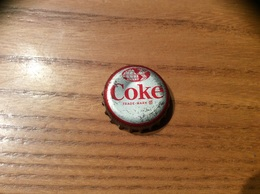 "Ancienne Capsule De Soda ""Coke N°30 -ETHIOPIA-STATUE OF MENELIK II""Etats-Unis (USA) Coca-Cola, Série Pays (Liège Enlevé) - Soda"