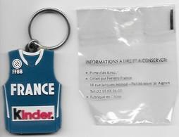 Ancien Porte Cles : Maillot De Basketball , France Kinder ( Sous Blister ) - Key-rings