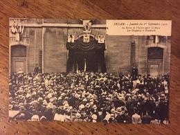 SEDAN-F Journée Du 1° Sept 1910-sortie De L'eglise Après La Messe - Sedan