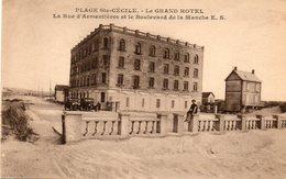 62. CPA. PLAGE SAINTE CECILE CAMIERS. Le Grand Hotel, Rue D'armentières, Et Bld De La Manche. 1938. - Autres Communes
