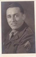 Portrait De : Soldat : ( Régt. 159é - à Confirmer ) Phot August KUHNEL - Inh. Toni Lederf ( Voir Au Dos Détail ) - Guerra, Militares