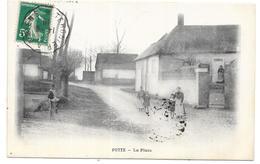 POTTE: LA PLACE - Frankreich