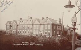 West-Folkestone : Praetoria House - Preparatory School. (carte-photo.) - Folkestone
