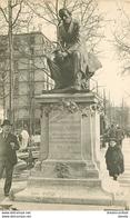 PARIS XVIII° Statue Charles Fourier Boulevard De Clichy - District 18