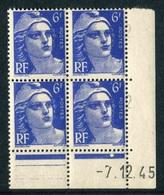 """Bloc** De 4  Timbres De 1945 """"6 F. - Marianne De Gandon"""" Avec Date  1 . 12 . 45 (1 Point1) - Coins Datés"""
