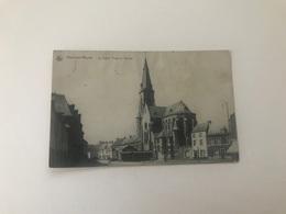 Ham-sur-Heure   La Grand'Place Et L'Eglise - Ham-sur-Heure-Nalinnes