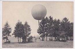 51 CHALONS Départ D'un Ballon ,les Aérostiers En Campagne Un Parc D'aérostiers Militaires - Camp De Châlons - Mourmelon