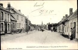 Cp Pierrepont Sur Avre Somme, Vue Prise Du Pont De L'Avre, Straßenpartie, Kirche - Other Municipalities
