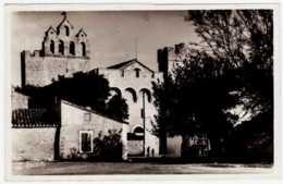 13 - B24617CPA - SAINTES MARIES DE LA MER - Place De L' Horloge - Parfait état - BOUCHES-DU-RHONE - Saintes Maries De La Mer