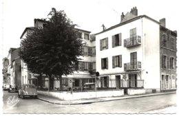 3 - B25152CPSM - VICHY - M.G.E.N. - Hote De Grignan - Annexe -  2cv - Bon état - ALLIER - Vichy