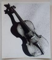 Antique Musical Instrument Vieille Instrument De Musique Violin Violon XVIe Siècle Museum Musée Poznań Press Photo - Gegenstände