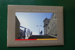 Q 4 ) GARDANNE POCHETTE DE 10 CARTES POSTALES NON ECRITES - Frankrijk