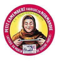 ETIQUETTE De FROMAGE..Petit CAMEMBERT Fabriqué En NORMANDIE..Le Vrai Benédictin..Laiterie Du Moulin GUESNE ( Manche 50) - Cheese