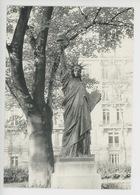 Paris Statue De La Liberté Jardin Du Luxembourg (Bartholdi 1899) Athis De L'Orne Collège - Parcs, Jardins