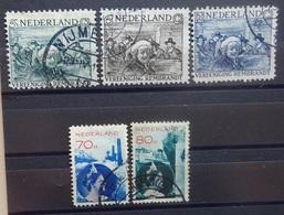 NEDERLAND  1930    Nr.  229 - 231  /  236 - 237       Gestempeld    CW  30,00 - 1891-1948 (Wilhelmine)