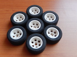 7 Roues Lego Technic Blanches 30.4x14 VR - Lego Technic