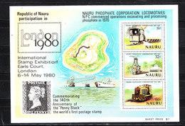 Nauru   - 1980.  Estrazione Dei Fosfati. Vecchi Locomotori.  Phosphate Extraction. Old Locomotives.  MNH Block - Fabbriche E Imprese