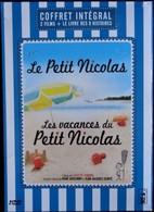 Le Petit Nicolas - Et - Les Vacances Du Petit Nicolas + Le Livre Des 8 Histoires ( 96 Pages ) . - Komedie