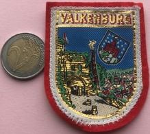 (14) Blazoenen - Emblemen - Textiel - Valkenburg - Blazoenen (textiel)