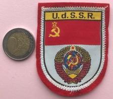(18) Blazoenen - Emblemen - Textiel - U.d.S.S.R. - Blazoenen (textiel)