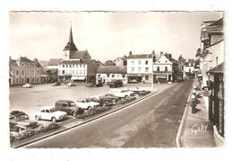 CPA 27 BRIONNE Place Frémont Des Essarts église Magasins  Voitures Années 1960 Station Service Shell - Otros Municipios