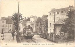 Dépt 14 - LISIEUX - L'Entrée Du Tunnel De Trouville - (ND. Phot. N° 123) - Train, Locomotive - Lisieux