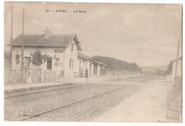 58 AVREE - La Gare - Cpa Nièvre - Frankreich