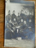 MILITARIA:PHOTO CARTE DE 11  MILITAIRES BELGES  _FAITE EN MARS 1917-C.J.S. LAG CEUX QUE CA AMUSE - Oorlog 1914-18