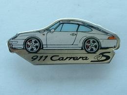 Pin's PORSCHE 911 CARRERA 4S - Porsche