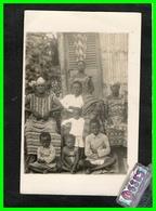 "CARTE PHOTO D'une Famille Africaine ""non Située"" (recto Verso) - Postcards"