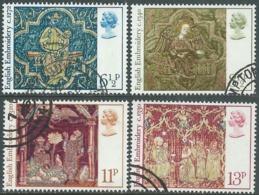 1976 GRAN BRETAGNA USATO NATALE RICAMI MEDIOEVALI - RC5-8 - 1952-.... (Elisabetta II)