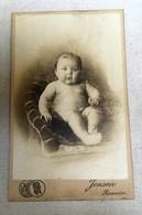 Renaix - Début 20ème Siècle - Photo Jansen Renaix - Portrait De Bébé Dans Un Fauteuil - Personnes Anonymes