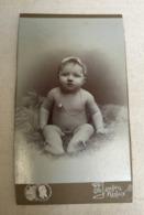 Renaix - Début 20ème Siècle - Photo Jansen Renaix - Portrait De Bébé Sur Un Coussin - Personnes Anonymes