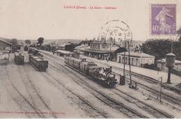 CPA Laigle (L'Aigle) - La Gare - Intérieur (avec Plusieurs Trains) - L'Aigle