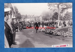 Photo De 1991 - DEAUVILLE - Enterrement De Michel D'ORNANO - 12 Mars - Homme Politique à Identifier - Places