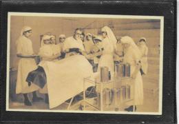 AK 0404  Lazarett - Am Operationstisch / Militaria Um 1914-1918 - Guerre, Militaire