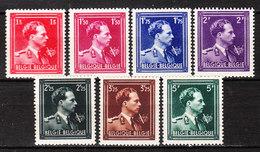 690/96**  Leopold III Col Ouvert Avec V Et Couronne - MNH** - Vendu à 10% Du COB!!!! - 1936-1957 Open Collar