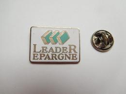 Beau Pin's En EGF , Banque ?? Leader Epargne , Agence Immobiliére ?? Chantepie ?? - Banken