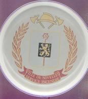 Assiette « VILLE DE NIVELLES – SERVICE INCENDIE3 Villeroy & Bch, Luxembourg - Autres Collections