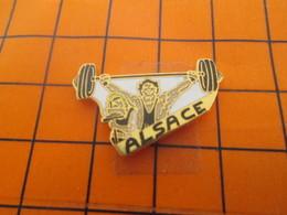 2419 Pin's Pins / Beau Et Rare / Thème SPORTS / HALTEROPHILIE ALSACE - Gewichtheben