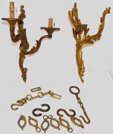 Appliques Et Chaine En Bronze - Bronzes
